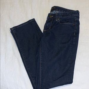 Banana Republic 6P straight leg dark wash jeans